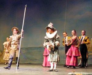 Danza de carácter y excelente dominio técnico es Don Quijote, definición con la que se resume la actuación del Teatro Bolshoi en la Comarca Lagunera, que quedará registrada como una de las mejores que se han puesto sobre el escenario del Alberto M. Alvarado.