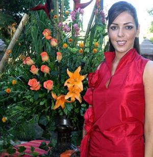 Bárbara Dueñes Quintero en la despedida de sotlera que le ofrecieron por su próxima boda con Héctor González Acosta.