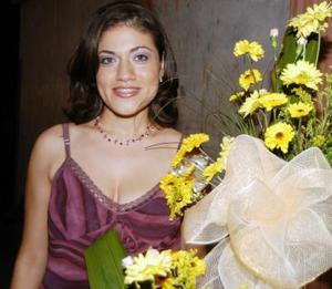 Jackelinne Cruz Rodríguez próximamente contraerá matrimonio con el señor Carlos Carrasco Segura y por tal motivo le ofrecieron una despedida de soltera.