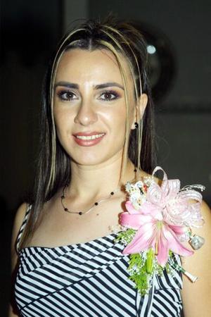<u>13 octubre </u> <p>   María Dolores Mora Méndez, en la despedida de soltera que le ofrecieron por su próxima boda con Julio Antonio González Villarreal.