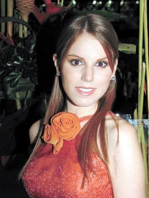 Guadalupe Estrada Villarreal captada en su primera despedida de soltera.