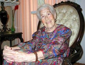 Doña Elvira González de Livas celebró su cumpleaños número 92.