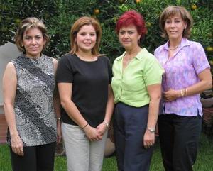 <u>17 octubre </u><p> Linda de Rodríguez, Cristy de Barraza y Tere de Hernández, integrantes del Club de Jardinería Alethy.
