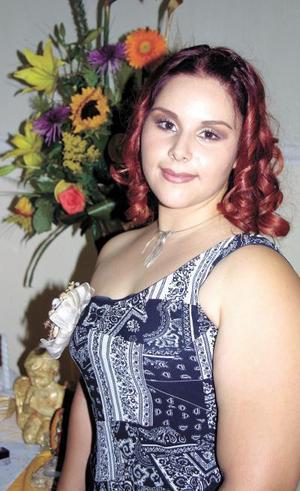 <u>17 octubre </u> <p> Nora Dively Flores González fue despedida de su vida de soltera con motivo de su enlace con Óscar López García.