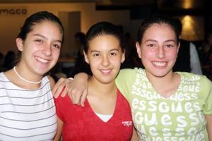 Laura Martínez, Brenda Cassio y Pily Revuelta.
