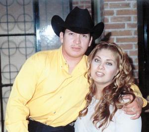Sr. Nicolás Guadalupe Sánchez Aragón y Lic. Mayra Ilenia Garibay Soto efectuaron su presentación religiosa el diez de octubre de 2003.