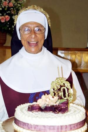 La estimada madre María Goretti festeja el 50 aniversario de su consagración.