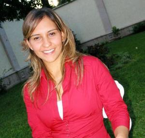 Carolina Gómez Flores en su despedida de soltera