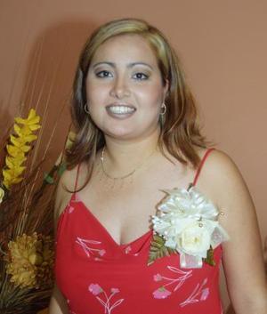 Señorita Claudia Gabriela Méndez Franco en la fiesta de despedida que le ofrecieron por su cercana boda.