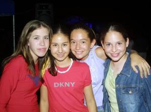 Ale C-, Bárbara L., Paulina M y  Sofía T.