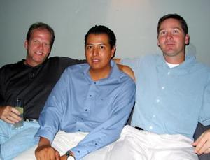 Riek Campbell, Leonel Hernández y Michael Pierce.