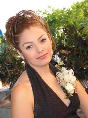 Cinthya Contreras contrajo matrimonio con Óscar Duclaud Contreras el 11 de octubre.
