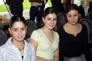 <u>22 octubre</u> <p> Paulina y Mariana Jiménez y Mariana Algara.