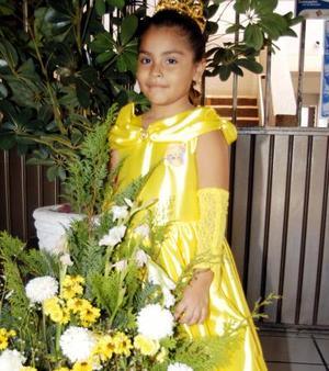 La pequeña Samantha Ofelia Luján en la fiesta que se le organizó por su sexto aniversario de vida.