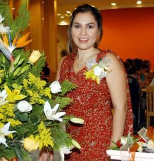 Martha Margarita Aguado Arzola en la despedida de soltera que se le ofreció por su próximo enlace con el Señor José Luis Banda Flores.