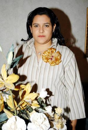 <u>23 octubre </u> <p>   Señorita Ángela Torres Ruelas en la despedida de soltera que le ofrecieron recientemente.