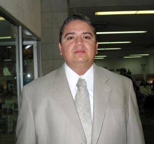 <u>23 octubre </u><p> Jesús Sotomayor viajó a la capital del país para tratar asuntos de trabajo.