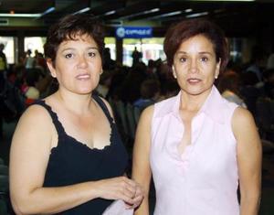 Leticia Urrea y Carmen Juárez