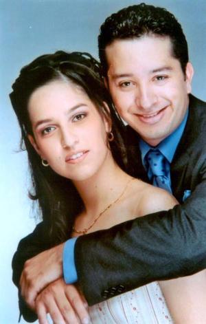 <u>25 octubre</u> <p>  María del Pilar Murguía Martínez y Juan Carlos Caropessi Regalado contrajeron matrimonio el 25 de octubre .