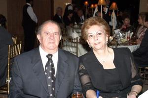 Señores Quintín Ruiz y Gloria H. de Ruiz.