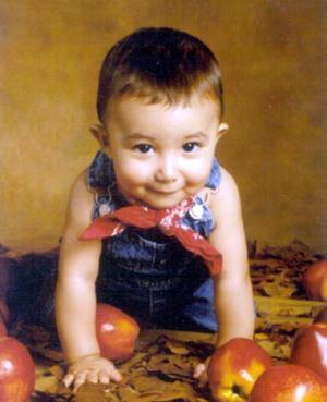 <u>26 octubre</u><p>  Por su cumpleaños número uno, el niño Santiago Adolfo Juárez González fue festejado con un convivio preparado por sus padres Gustavo Adolfo Juárez y Adriana González de Juárez.