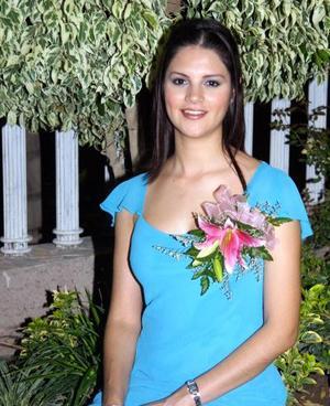 Mayra L. de Rentería en la despedida de soltera que se le organizó por su próximo matrimonio con Agustín Prieto Huerta.