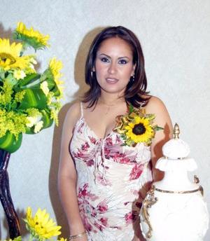 <u>26 octubre </u> <p>  Yadira Vanessa Valdez Rodríguez en la fiesta de despedida de soltera que se le ofreció por su próximo matrimonio con el señor Esteban Íñiguez Castruita.