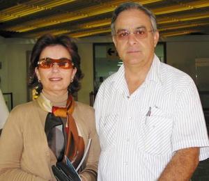 Esperanza de López de Fernández se trasladó a México, la despidió su esposo Fernando Fernández