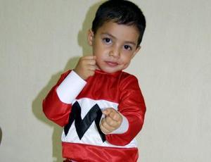 <u> 28 de octubre </u> <p> El pequeño Jesús Adrián Ramírez Díaz festejó su tercer aniversario de vida con una piñata organizada por sus papás.