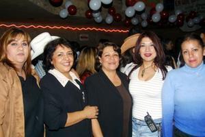 Adela Mendoza, María Eugenia Acosta, Mercedes Acosta, Sonia Maury y Gabriela Ambriz.