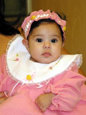 La pequeña Karime Alhelí Preciado Serrano, captada en un festejo infantil.