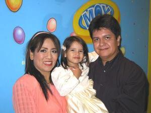 <u>01 de noviembre</u><p> Ximena Alvarado Galván en la fiesta que le organizaron sus papás Alejandro Alvarado García y Mildred Galván de Alvarado por sus tres años de vida.