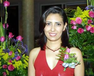Señorita Silvia Azucena Ortiz Reynoso en su primera despedida de soltera.