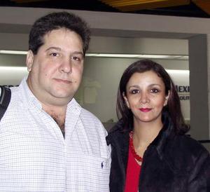 Yamil Milán y Guadalupe de Milán viajaron a Miami en plan de paseo.