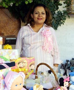 Mónica Rodríguez de Contreras disfrutó de una fiesta de canastilla.