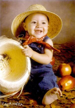 Juan Carlos García Hernández en una fotografía de estudio con motivo de su primer año de vida, es hijo de los señrores Juan Carlos García Villalobos y Verónica Hernández.