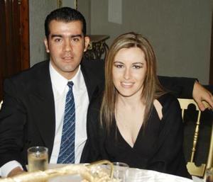 Jesús Saracho Pérez y Montserrat Casán Sandoval captados recientemente.