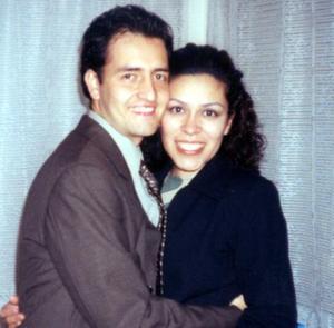 Óscar Mota Lesprón y María Arias Santoyo festejaron su segundo aniversario de boda el 27 de octubre.
