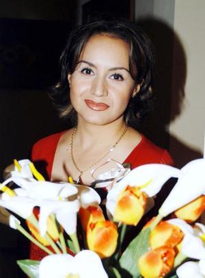 María Elena Medina Carreón contraerá nupcias próximamente y por tal movito fue despedida de su soltería.