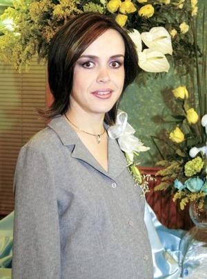 Ana Cecilia Rivas de Cumplido fue festejada con una fiesta de canastilla.