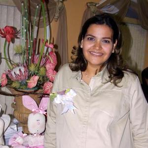 María Elizabeth de Portillo en su fiesta de canastilla.