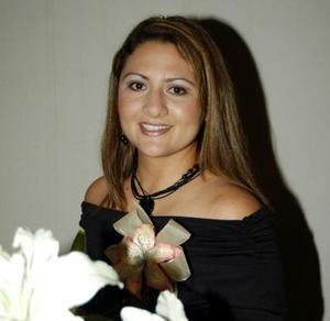 Alejandra Caldera Reyes contraerá matrimonio el 19 de diciembre con Marco Esquivel Mata.