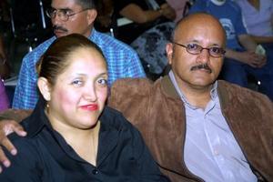 María Guadalupe González de Venegas y Roberto Venegas.