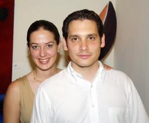Claudia Mendiola y Severino González.