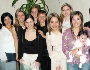 <u> 09 de noviembre </u> <p> Valeria, María del Carmen, Blanca, Gloria,  Mónica, Paty, Katy, Any, Brenda y Massiel le ofrecieron una despedida de soltera a Brenda Arizpe Garza.