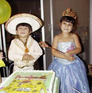 Mariana y Dioselina Córdova Valenzuela festejaron sus tres y cuatro años de vida respectivamente.