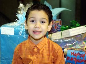 Pedro Gutiérrez Reyes fue festejado por sus cinco años de vida, por sus padres Pedro Gutiérrez y Cristina Reyes de Gutiérrez.