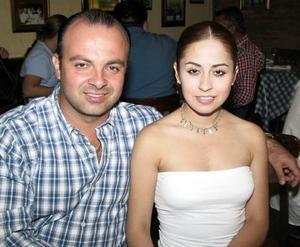 Carlos de la Maza y Martha Viezca.