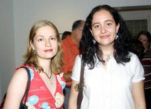 Cristina Treviño y Patricia Hernández.