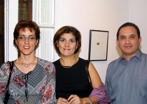 Margarita Corral, Mónica Borrego y Ricardo Berumen.